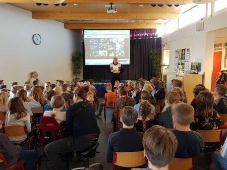 Clara Fabriciusschool in actie voor Ome Joop's Tour