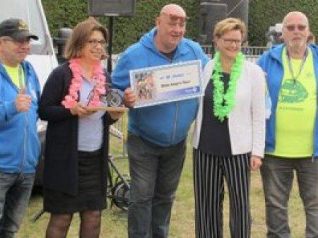 Rotary Oosterbeek doneert € 8.000,- aan Ome Joop's Tour